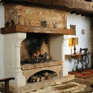 Cheminée En Brique : chemin e double foyer avec hotte en briques appareill es chemin es jean magnan ~ Farleysfitness.com Idées de Décoration