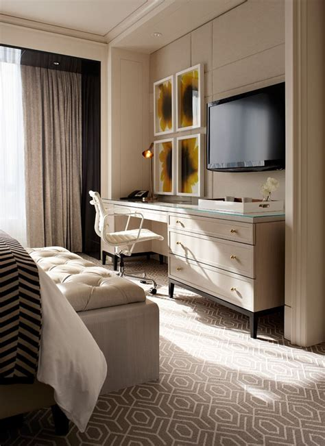 Tv In Bedroom Design Ideas by Suites At The Ritz Carlton Studio Munge City Hotels