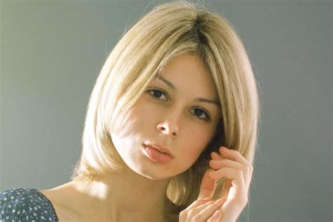 Medium Length Hairstyles For Teenagers 2013