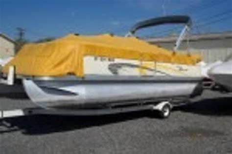 Bennington Pontoon Boat Dealers In Ny by Pontoon Boats For Sale In Canandaigua New York