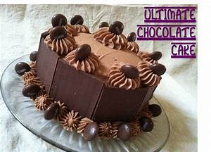 Julie Vision in the Kitchen: Ultimate Chocolate Cake