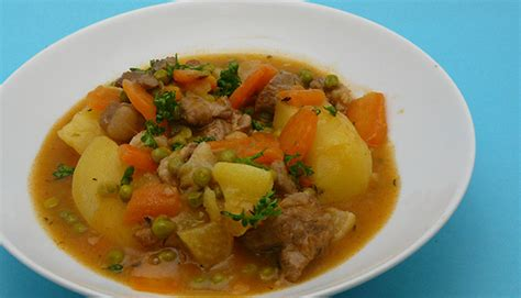 cuisiner pois gourmand navarin d agneau par simple gourmand