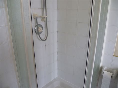cleaning ceramic shower tiles stone cleaning