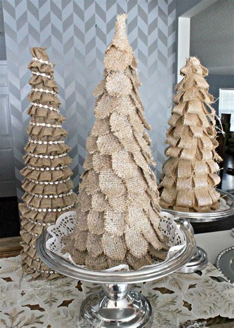 rustic burlap christmas decor ideas shelterness