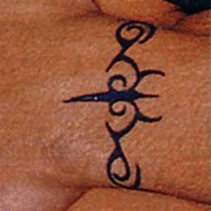 Eminem tattoo fanpage's tattoo 1. • Без названия