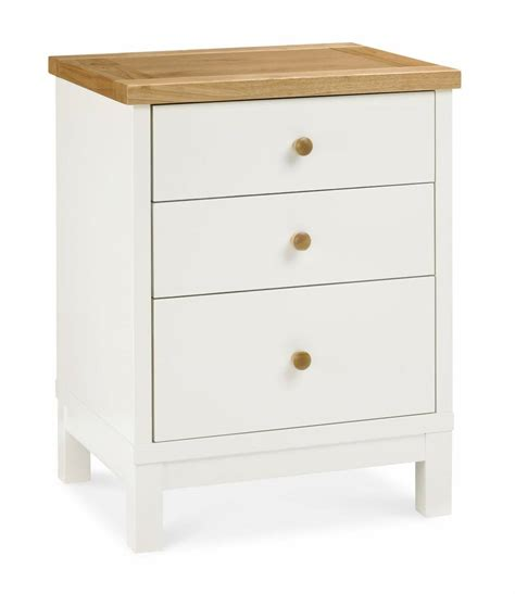 Two Drawer Nightstand by Chester Two Tone 3 Drawer Nightstand Bedroom Furniture