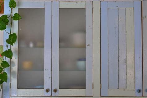 recouvrement armoire de cuisine portes et façades d armoires geste rénovation