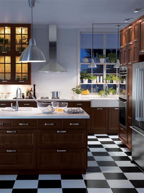 cost  redo kitchen cabinets