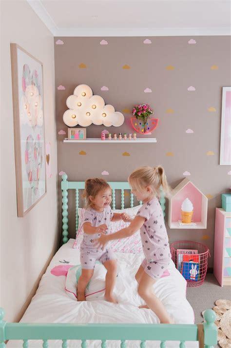 Kinderzimmer Ideen Schulkind by Buntes Bett Kinderzimmer M 228 Dchen