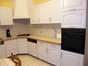 Cuisine Repeinte En Blanc : r nover une cuisine comment repeindre une cuisine en ch ne mes meilleures recettes faciles ~ Melissatoandfro.com Idées de Décoration
