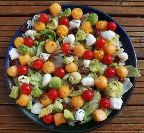 cuisine actuelle recettes c est décidé j y vais bille en tête salade mozzarella avocat et melon chocoframboises