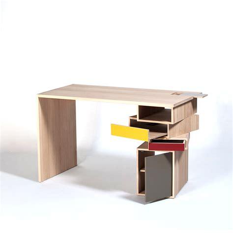 bureau avec rangement bureau en bois massif design empil par drugeot labo
