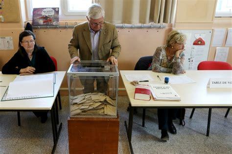 assesseurs bureau de vote bureaux de vote le défi des maires pour recruter des