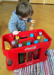 Montessori Spielzeug Baby : lieblingsspielzeug f r babys zum selber basteln diy montessori spielzeug baby baby toys und ~ Orissabook.com Haus und Dekorationen
