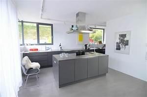 Buche Küche Welche Wandfarbe : grau wei e k che die neuesten innenarchitekturideen ~ Bigdaddyawards.com Haus und Dekorationen