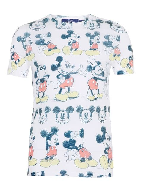 white mickey mouse print t shirt of the hour