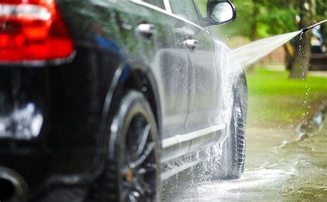 laver ses sieges de voiture 10 astuces incroyables pour nettoyer sa voiture les