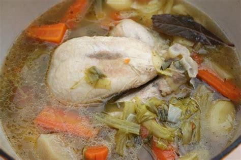 cuisiner une poule recettes de viande bouillie les recettes les mieux notées