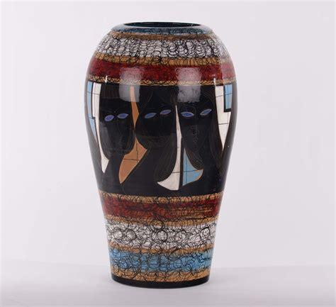 vaso deruta vaso in ceramica policroma deruta antiquariato e
