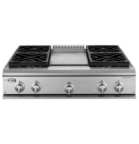 ge monogram  professional gas cooktop   burners  griddle natural gas zgundhss