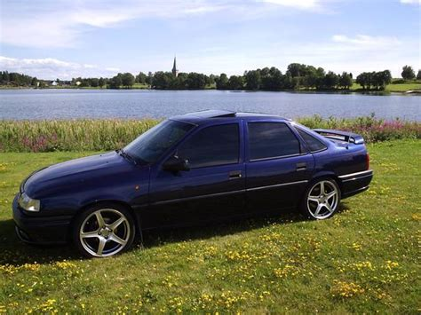 opel vectra 1995 1995 opel vectra photos informations articles