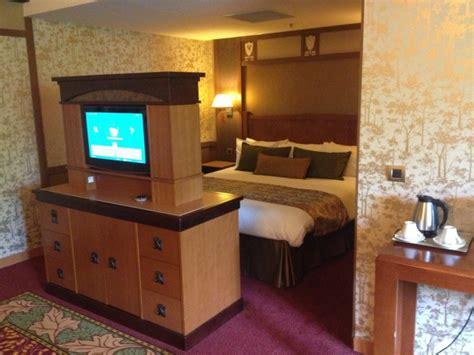chambre golden forest tr séjour en suite golden forest au sequoia lodge 16 et