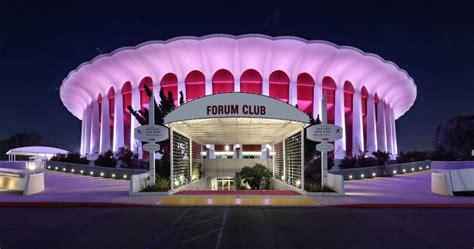 fabulous acts   played  forum  inglewood
