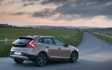 Volvo V40 Cross Country Picture by Volvo V40 Cross Country 2013 Widescreen Car