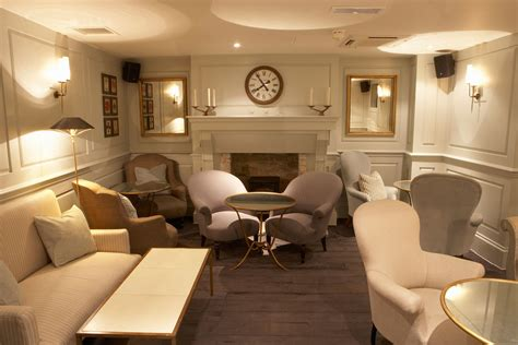 family room layout cheap basement ideas choosing the right room decors Basement