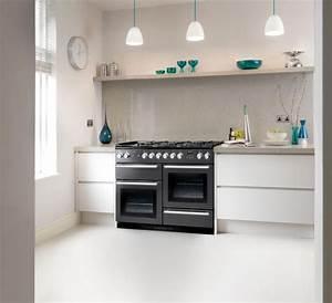 Spritzschutz Wand Küche : farbgestaltung k che ideen wei e schr nke matt graue spritzschutz wand k che pinterest ~ Sanjose-hotels-ca.com Haus und Dekorationen