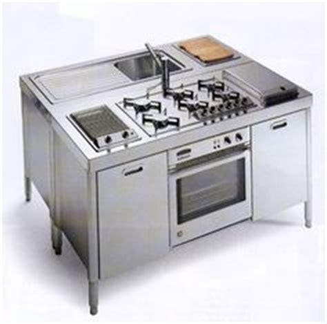 cuisine monobloc 1000 images about bloc cuisine on cuisine plan de travail and cuisine