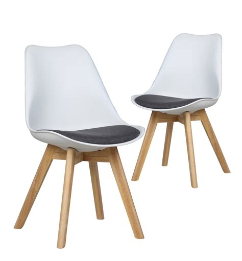 chaises design blanches chaise blanche design scandinave urbantrott com