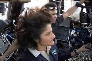 NASA - Astronauts Sunita Williams and Aki Hoshide