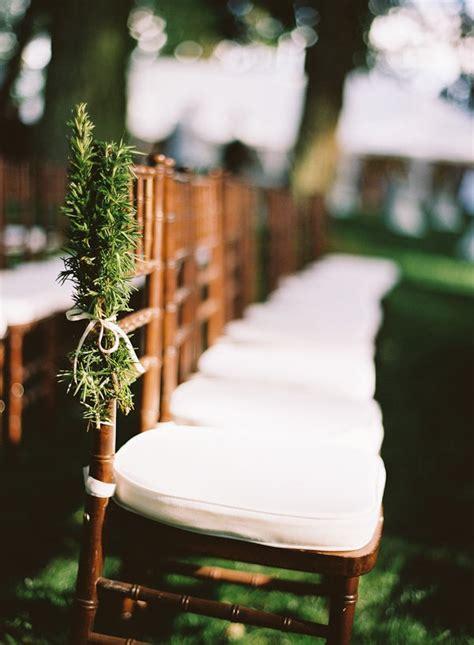 picture of gorgeous winter wedding aisle decor ideas 18