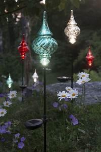 Best 25+ Solar garden lights ideas on Pinterest