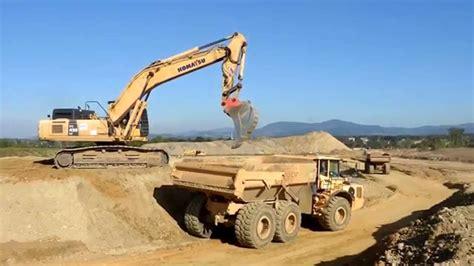 Bid Websites Big Excavators On Construction Cat Komatsu