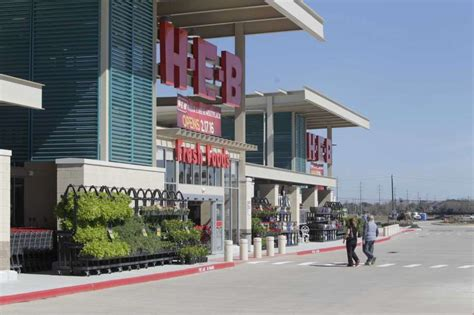 See The New Clear Lake H-e-b Store