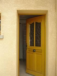 pose d39une porte d39entree charpentier couvreur 03 With pose d une porte d entree en bois