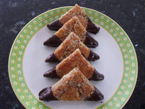 cuisine suisse triangles aux noisettes péchés très très gourmands