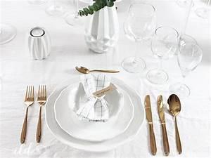 Tisch Richtig Eindecken : tisch klassisch eindecken so geht s ich liebe deko ~ Lizthompson.info Haus und Dekorationen