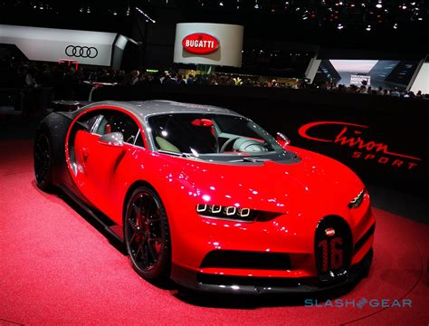 Motor Show 2019 : 2019 Bugatti Chiron Sport Puts 1,500hp Supercar On A Diet