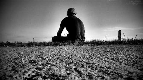 nachdenklich einsam foto bild emotionen einsamkeit