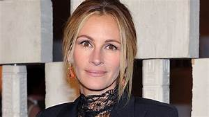 Julia Roberts to Star in, Produce Mystery Thriller 'Fool ...