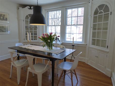 picture home room furniture indoors table house