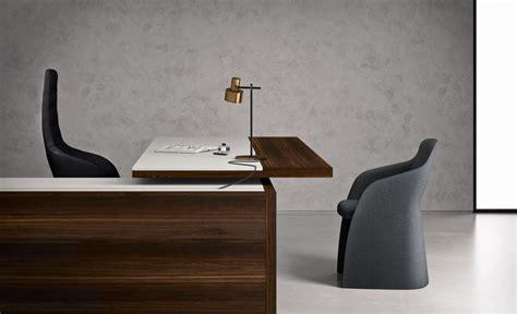 grand bureau design bureau de direction design haut de gamme avec retour de bureau