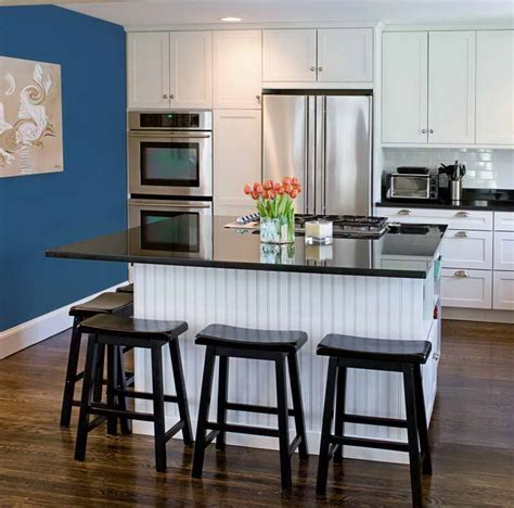 choosing colors for kitchen kitchen color ideas chair with classic kitchens how to 5407