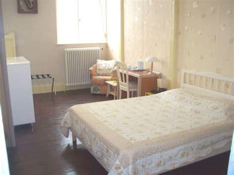 chambre d hote puy de dome chambres d 39 hôtes gîte ou dortoir dans la chaîne des