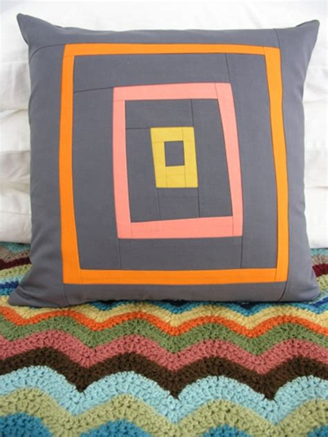 modern log cabin quilt sewing 101 modern log cabin patchwork pillow design sponge