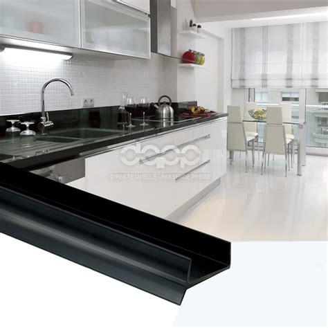 plinthe pour meuble de cuisine plinthe meuble cuisine 20170814042810 arcizo com