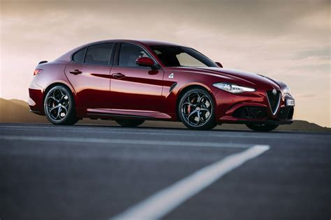 alfa romeo giulia takes on midsize premium segment from